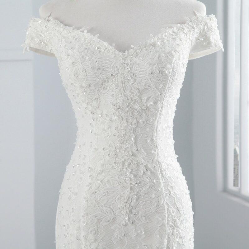 Comment choisir le décolleté parfait pour votre robe de mariée ?