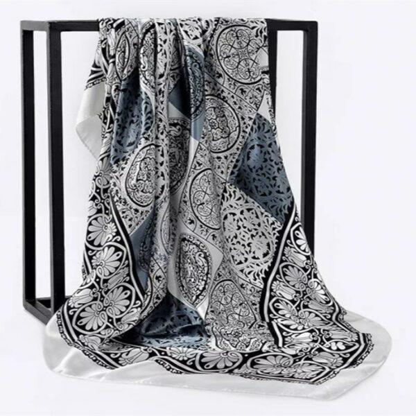 Foulard En Soie Noir Et Blanc 3 | Soirée Blanche