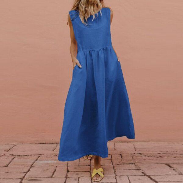 Longue Robe Bleue - Soirée Blanche