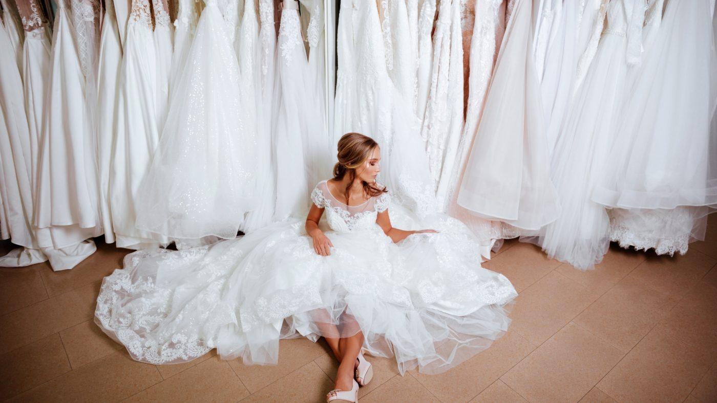 souvenir de séance d'essayage de robe de mariée