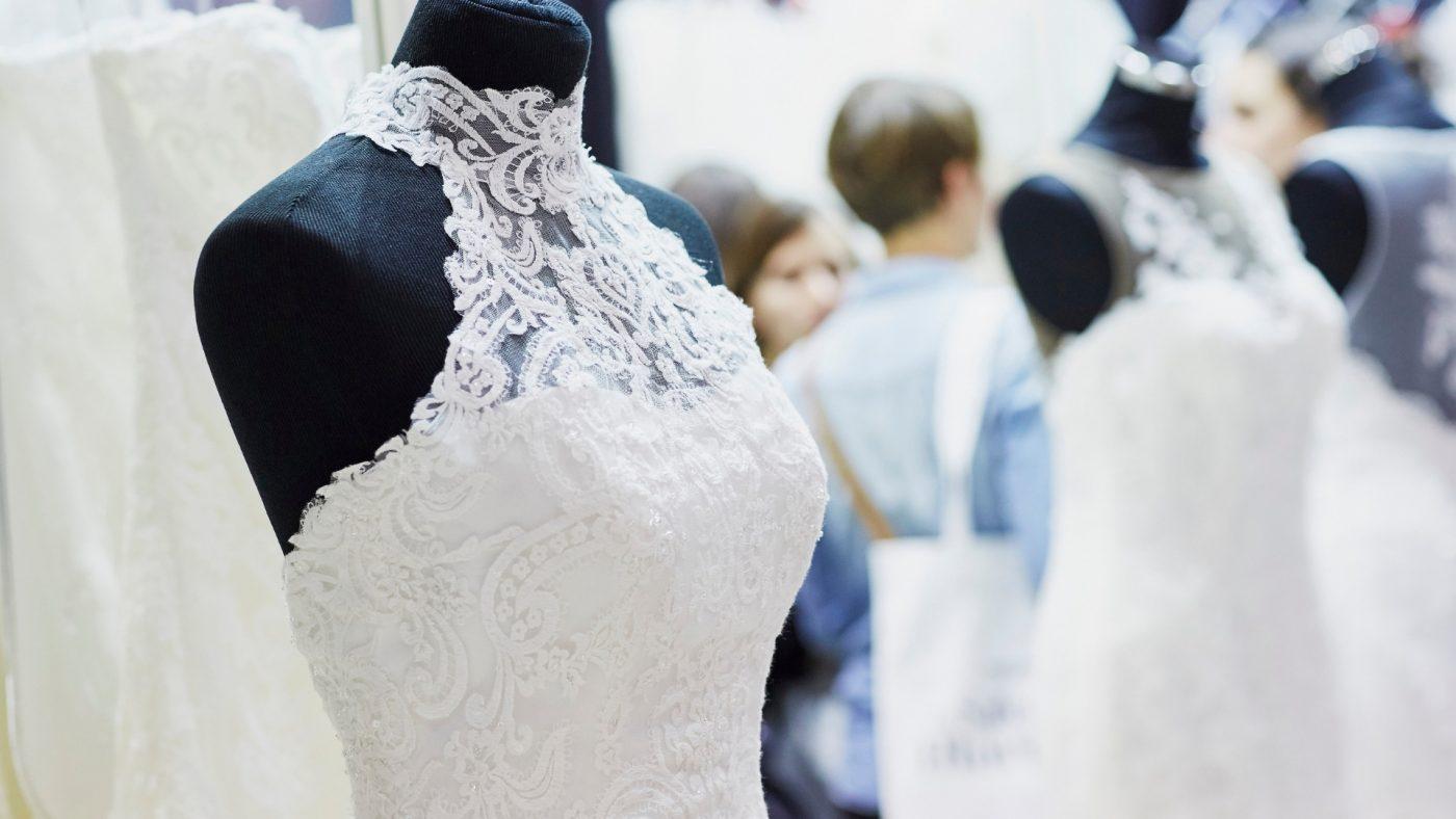 Comment choisir sa robe de mariée de vos rêves : 70 choses à savoir 14 | Soirée Blanche