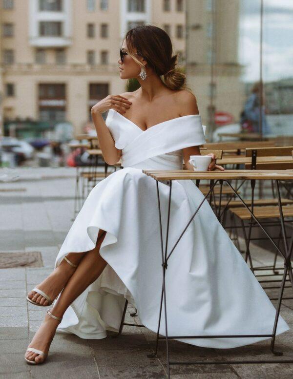Robe De Mariée Courte Manches Croisées | Soirée Blanche