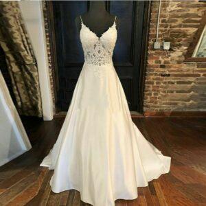 Robe De Mariée Bohème En Satin Blanche | Soirée Blanche