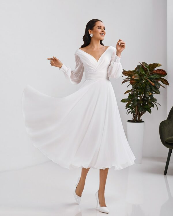 Robe de Mariée Courte Fluide Et Chic | Soirée Blanche