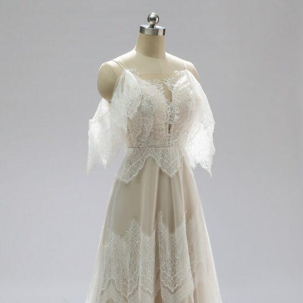 Robe De Mariée Bohème Dos Nu Et Dentelle Blanche | Soirée Blanche