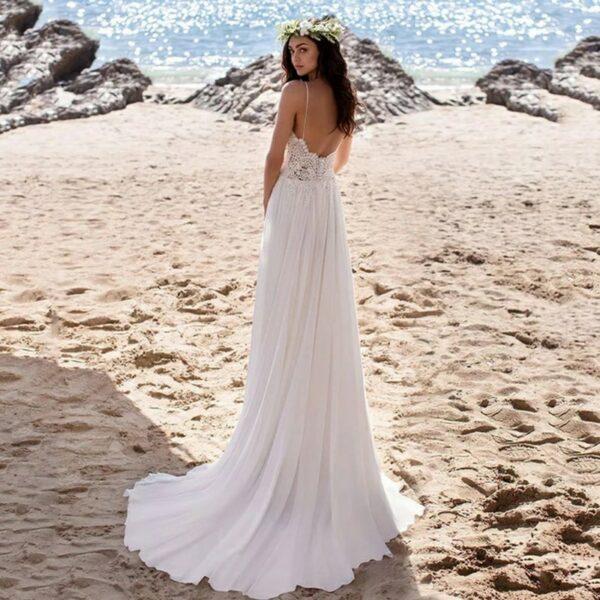 Robe De Mariée Fluide A Liseré Blanche   Soirée Blanche