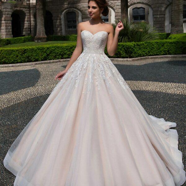 Le top 3 des robes de mariée intemporelle! 1 | Soirée Blanche