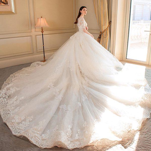 3 conseils pour maîtriser l'allée de mariage 1   Soirée Blanche