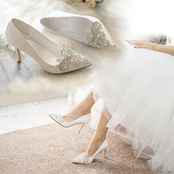 Chaussures De Mariée Blanche Avec Strass   Soirée Blanche